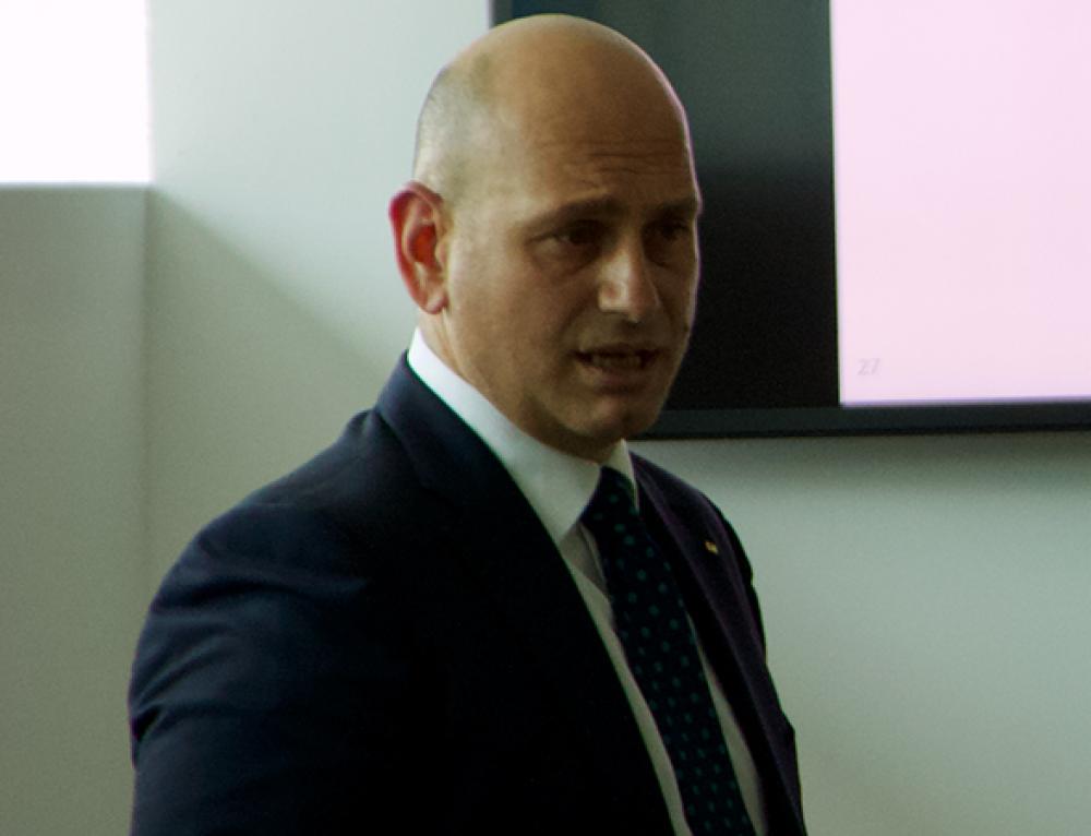 """""""Offrire  servizi insieme al prodotto"""", l'intervista a Ermanno Mazzitelli (Alfasigma)"""