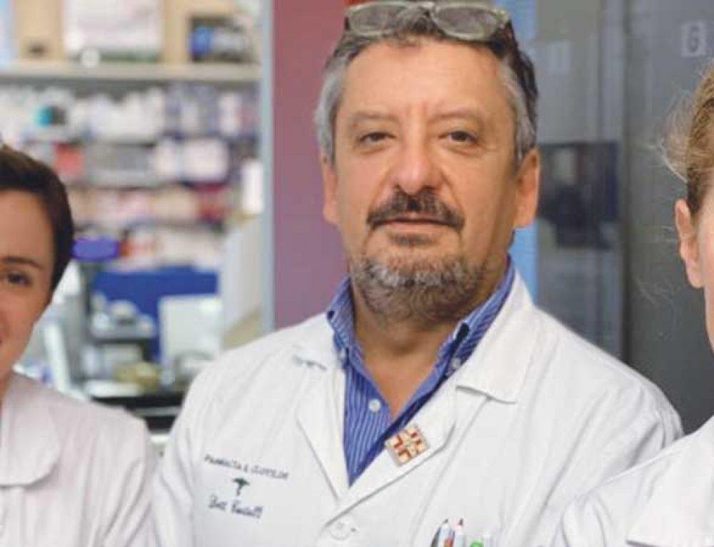 """Dario, """"maestro farmacista"""""""